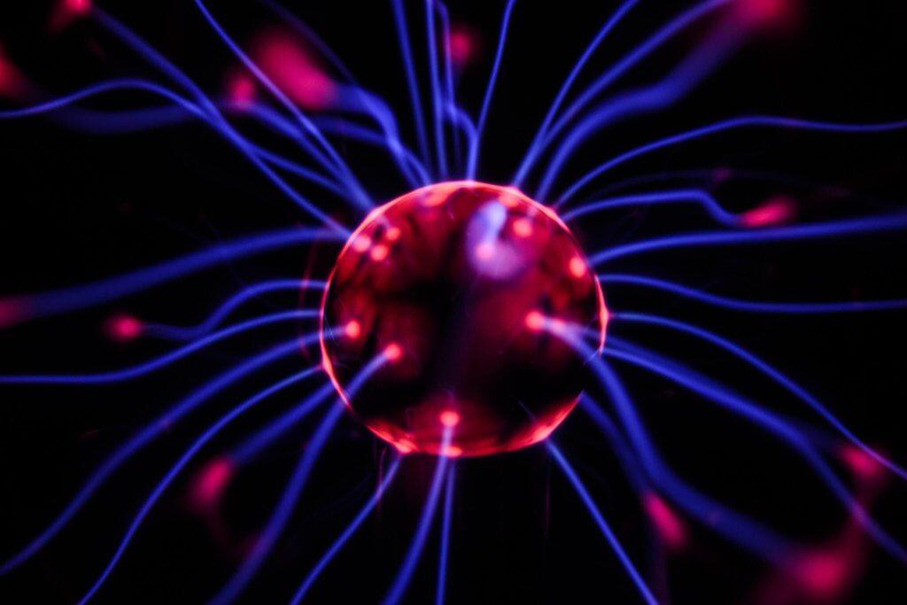 Imagen que representa como una especia de neurona o conexión cerebral