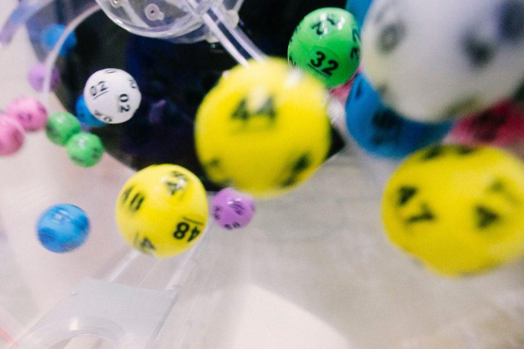 Imagen de bolas de sorteo tipo bingo